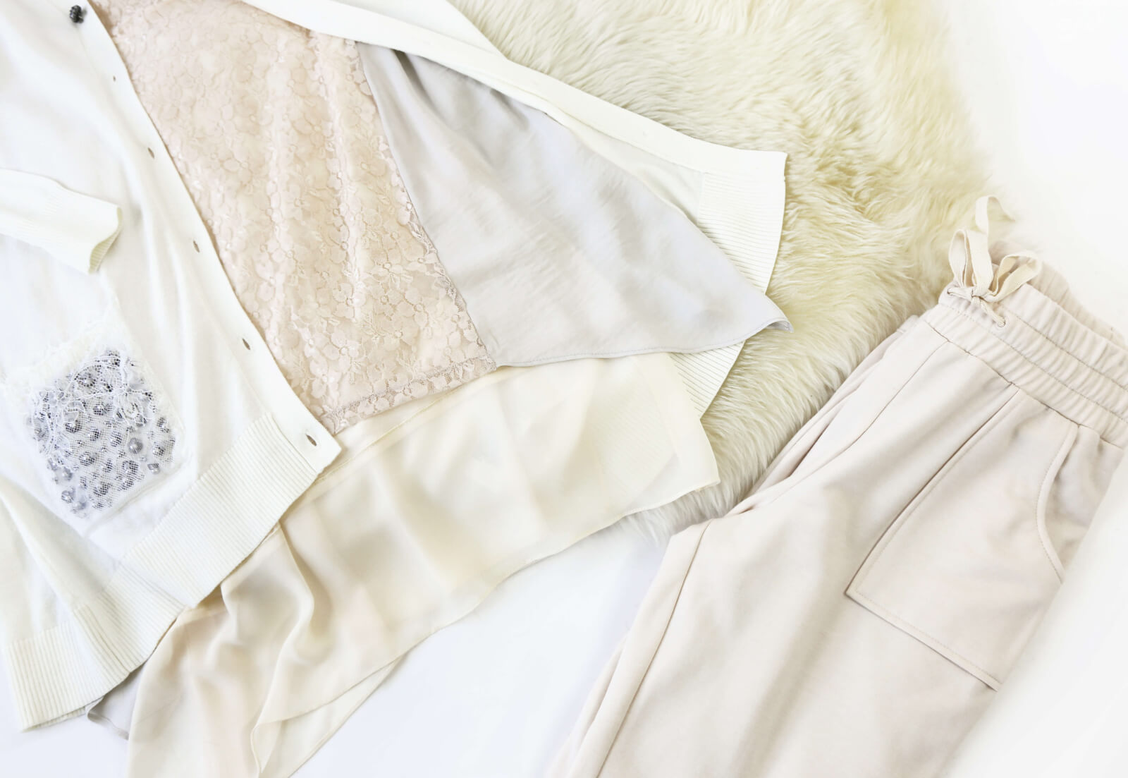 Color Crush: Winter Whites